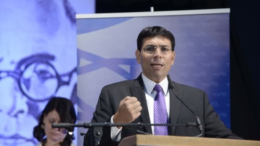 Click photo to download. Caption: Israeli Deputy Defense Minister Danny Danon speaks at the 4th Likud Party conference at Ganei HaTaarucha in Tel Aviv on May 7, 2014. Credit: Tomer Neuberg/Flash90.