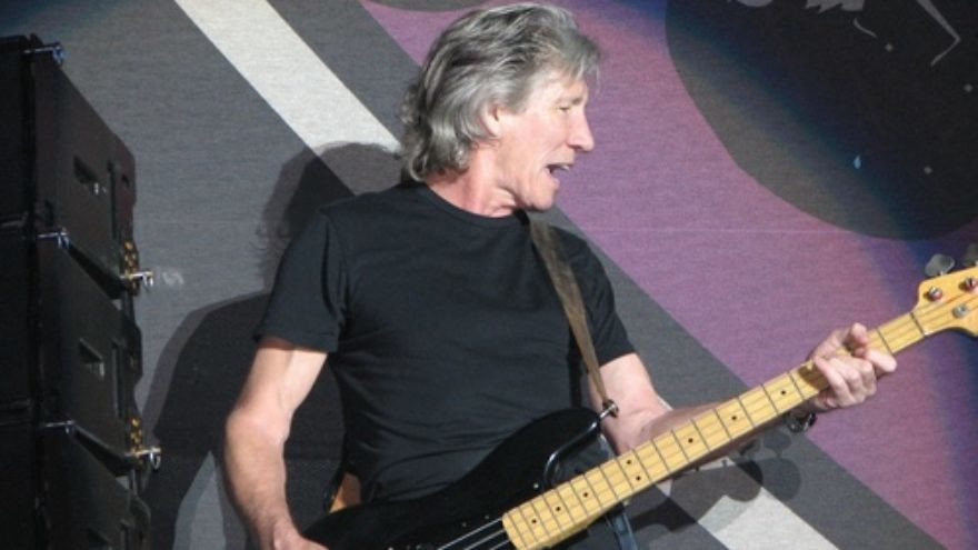 Roger Waters of the rock group Pink Floyd. Credit: Jethro/Wikimedia Commons.
