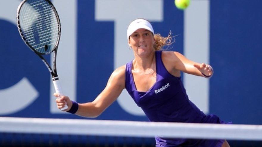 Click photo to download. Caption: Israeli tennis player Shahar Pe'er competes at the Citi Open in July 2011. Pe'er is one of 14 women being recognized by the Israeli government as part of the country's Independence Day celebrations this May. Credit: Keith Allison via Wikimedia Commons.