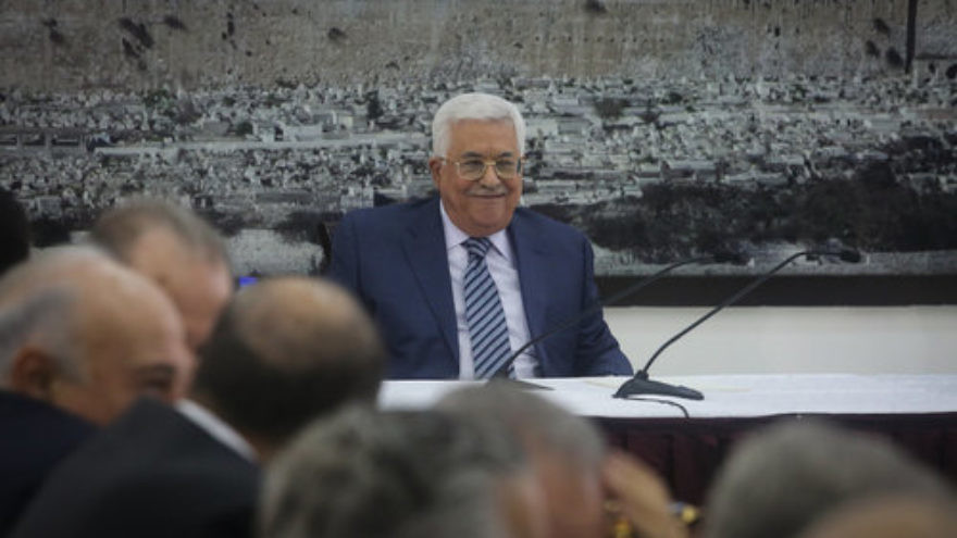 Palestinian Authority President Mahmoud Abbas speaks during a meeting of Palestinian leaders in Ramallah, Sept. 25, 2017. Credit: Flash90.