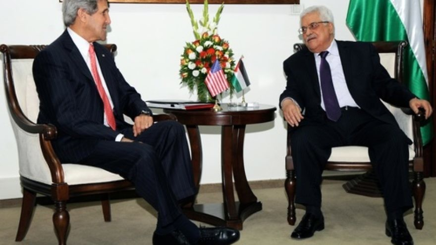 U.S. Secretary of State John Kerry meets with Palestinian Authority President Mahmoud Abbas in Ramallah on May 23, 2013, representing one of his recent attempts to get Israel and the Palestinians back to the negotiating table. Credit: State Department.