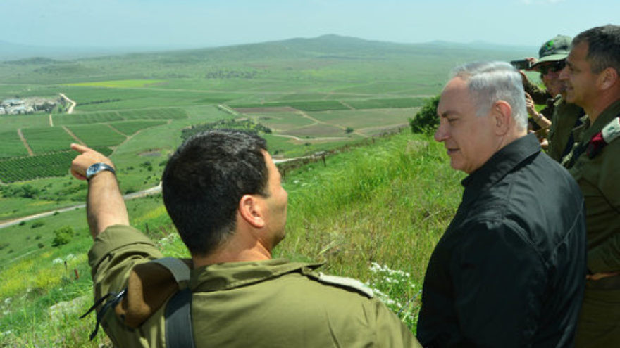 Israeli Prime Minister Benjamin Netanyahu on a tour of the Golan Heights. Credit: Kobi Gideon/GPO.