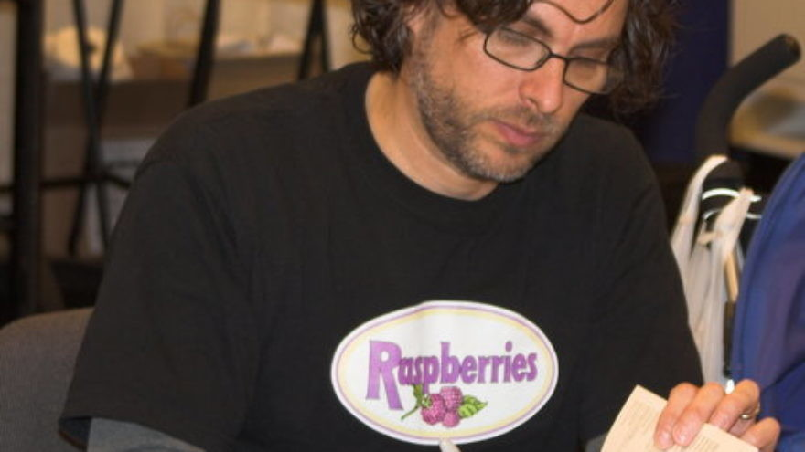 Michael Chabon at a book-signing. Credit: Charlie Reiman via Wikimedia Commons.