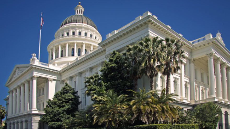 Click photo to download. Caption: The California State Capitol in Sacramento. Credit: Steven Pavlov via Wikimedia Commons.