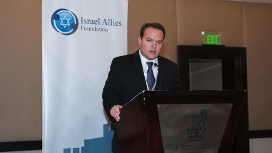 Click photo to download. Caption: Leopoldo Martinez, the Latin America director of the Israel Allies Foundation, speaks at the recent Second Annual Latin America Summit on Israel in Miami. Credit: Israel Allies Foundation.