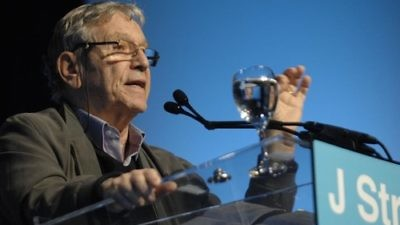 Click photo to download. Caption: Amos Oz addresses the J Street conference on Saturday night in Washington, DC. Credit: J Street.