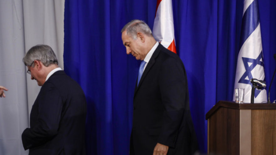 Click photo to download. Caption: Canadian Prime Minister Stephen Harper (left) and Israeli Prime Minister Benjamin Netanyahu exit a joint press conference in Jerusalem in January 2014. In Canada, Harper will now exit his prime minister post as well. Credit: Flash90.