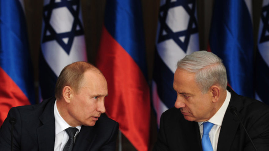 Click photo to download. Caption: Israeli Prime Minister Benjamin Netanyahu (right) holds a joint press conference with Russian President Vladimir Putin (left) at Netanyahu's residence in Jerusalem on June 25, 2012. Credit: Kobi Gideon/GPO/Flash90.