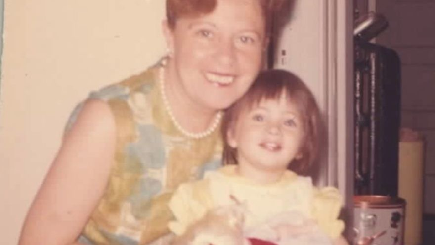 A young Dawn Lerman with her grandmother, Beauty. Credit: Courtesy Dawn Lerman.
