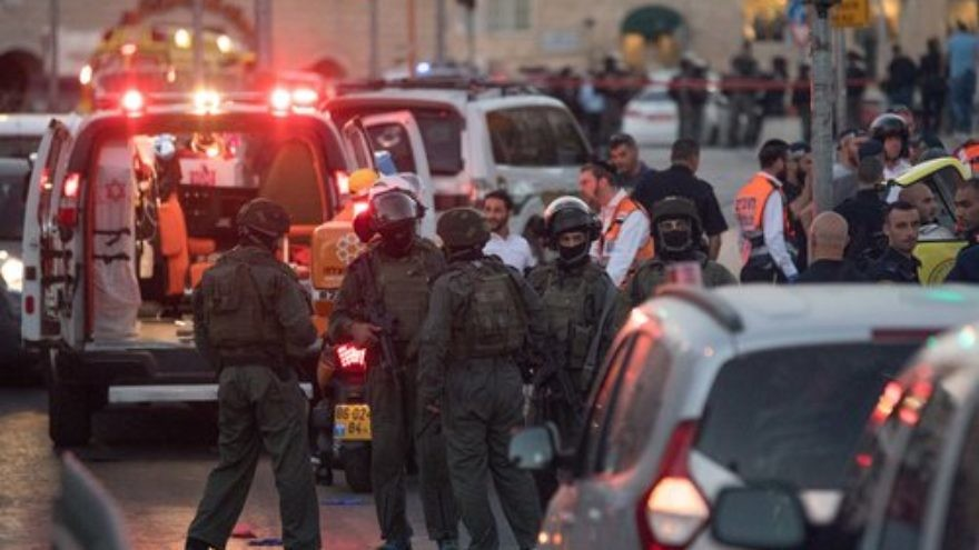 Israeli security forces at the scene of the June 16 terror attack in which three Palestinians killed teenage Israeli policewoman Hadas Malka, near Damascus Gate in Jerusalem. Credit: Yonatan Sindel/Flash90.