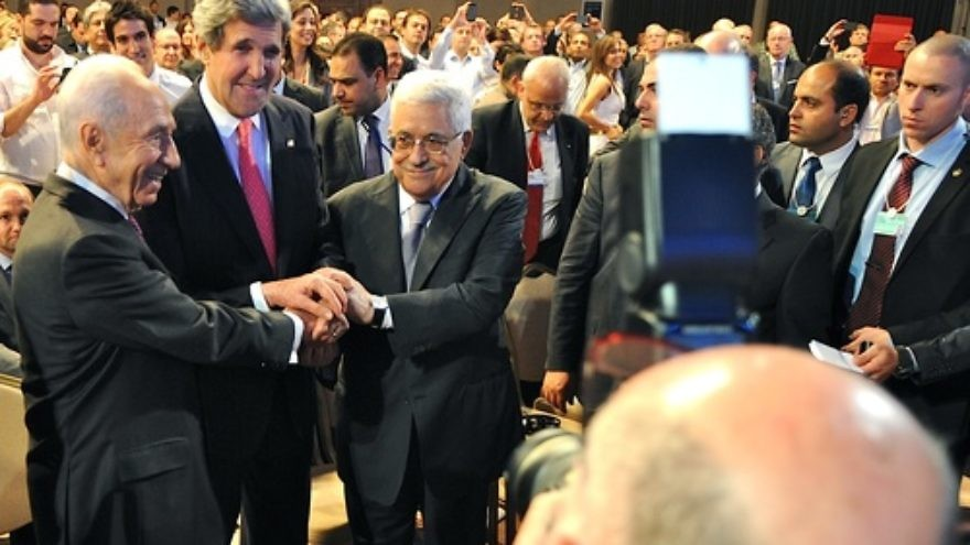Israeli President Shimon Peres, U.S. Secretary of State John Kerry, and Palestinian Authority leader Mahmoud Abbas join in a handshake at the World Economic Forum in Jordan, on May 26, 2013. In American-brokered Israeli-Palestinian conflict talks, both sides have exhibited declining trust in the U.S. Credit: U.S. Department of State.
