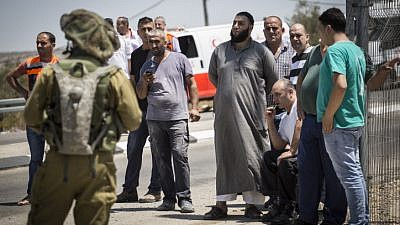 The family of the Palestinian man who stabbed a soldier, at the 'Bell' Checkpoint, on road 443, on August 15, 2015. Photo by Hadas Parush/Flash90