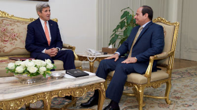 Secretary of State John Kerry (left) meets with Egyptian President Abdel Fattah El-Sisi at the Presidential Palace in Cairo on April 20, 2016. Credit: State Department.