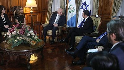 American Jewish and Christian leaders meeting with Guatemalan President Jimmy Morales. Credit: World Jewish Congress.