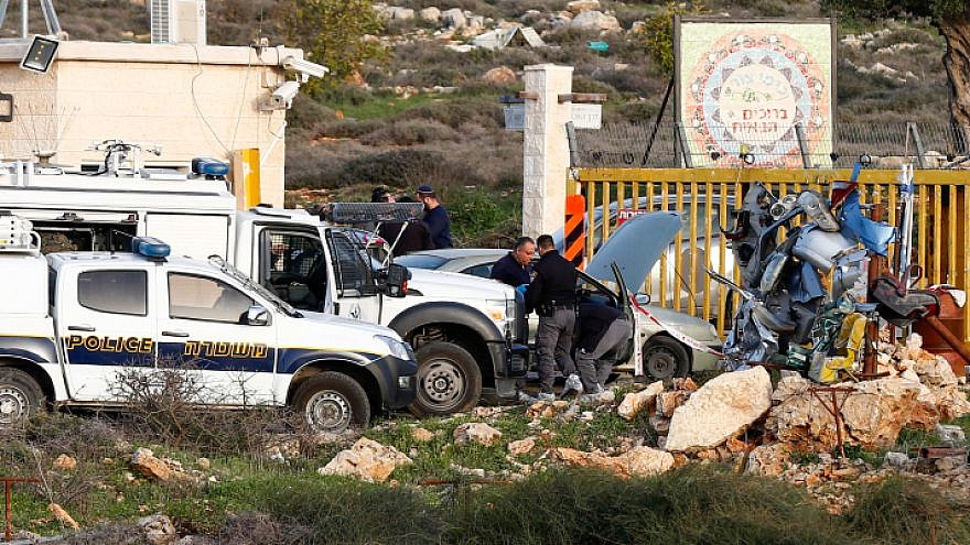 The Scene of a terror attack where a Palestinian man stabbed an Israeli security guard at the entrance to Karmei Tzur, in the West Bank on February 7, 2018. The Palestinian man was shot to death at the scene. Photo by Wisam Hashlamoun/Flash90