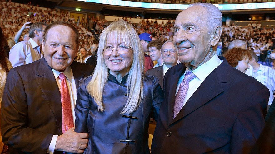Birthright festivities in Tel Aviv in the presence of Israeli President Shimon Peres, standing with Dr. Miriam and Sheldon Adelson. Photo by Mark Neyman/GPO