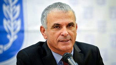 Finance Minister Moshe Kahlon speaks during a press conference at the Ministry of Finance in Tel Aviv on January 4, 2018. Photo by Flash90