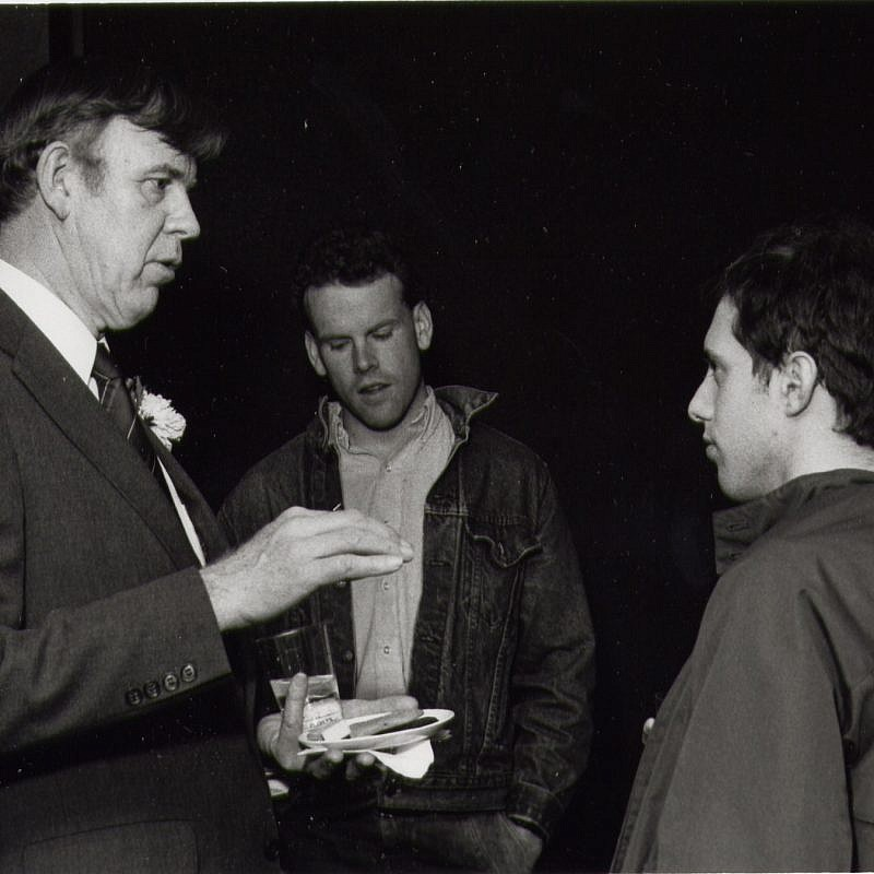 Prof. David S. Wyman with students, in 1985. Credit: Rafael Medoff.