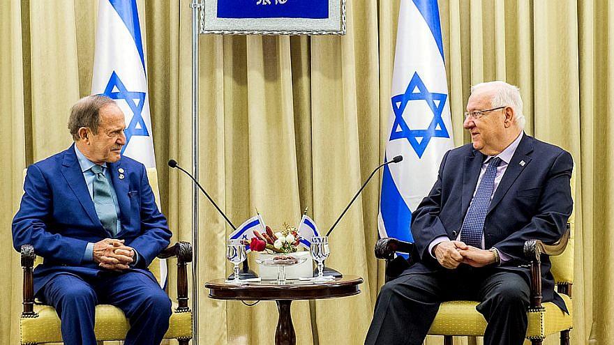 Mort Zuckerman, left, and Israeli President Reuven Rivlin. (Photo courtesy of the Zuckerman Institute-Israel Hadari)