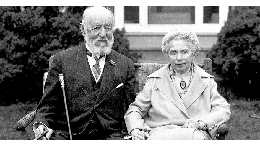 Nathan and Lina Straus. Photo courtesy of Straus Historical Society.