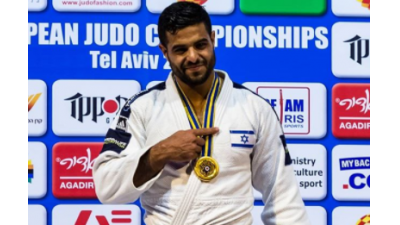 Sagi Muki with his gold medal in Tel Aviv. Source: Instagram