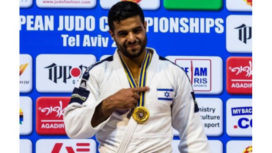 Sagi Muki with his gold medal in Tel Aviv. Source: Instagram