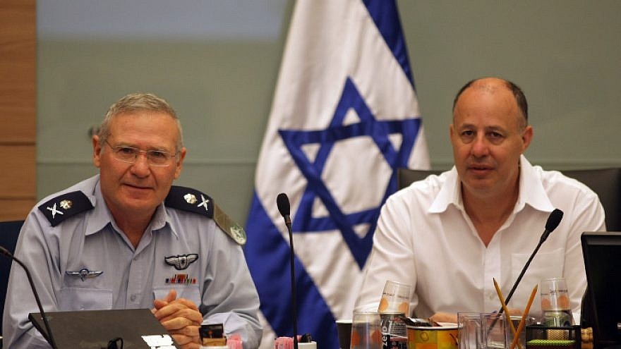 Maj.-Gen. Amos Yadlin, director of Military Intelligence (left), and chairman of the Israeli Foreign Affairs and Defense Committee Tzahi Hanegbi attend a session of the Security and Foreign Affairs Committee in the Knesset on June 22, 2008. Photo by Kobi Gideon/Flash90.