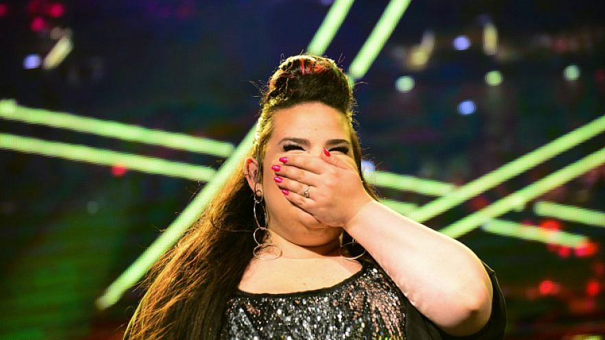 Winner of the Eurovision 2018 song contest Netta Barzilai performs at Rabin Square in Tel Aviv on May 14, 2018. Photo by Tomer Neuberg/Flash90.