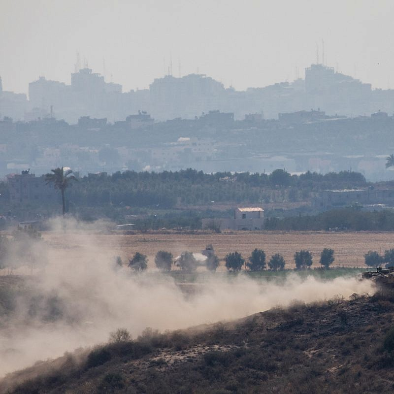An Israeli tank patrols near the Israeli border with the Gaza Strip on May 29, 2018. Photo by Yonatan Sindel/Flash90.