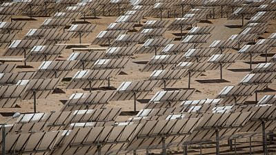View of the Ashalim solar-power station in the Negev Desert on June 19, 2018. The station is the largest of its kind in Israel and fifth-largest in the world. Photo by Miriam Alster/Flash90.