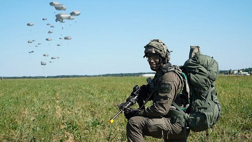 Israel Defense Forces paratroopers training in Poland. Credit: IDF Spokespersons Unit.