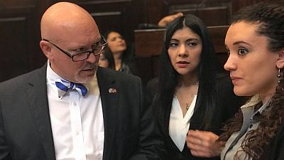 State Rep. Alan Clemmons (R-S.C.) preparing to speak to the Guatemalan Congress. Credit: Courtesy.