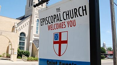 A sign for an Episcopal Church. Credit: Jerry Richardson via Flickr.