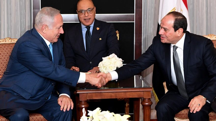 Israeli Prime Minister Benjamin Netanyahu meets with Egyptian President Abdel Fattah El-Sisi in New York City on Sept. 26, 2018. Photo by Avi Ohayon/GPO.