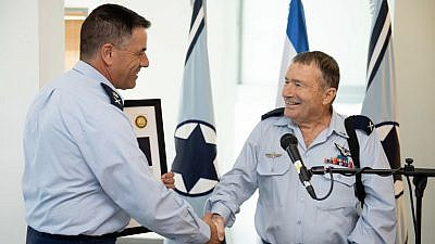 Israeli Air Force Commander Maj.-Gen. Norkin congratulates Brig.-Gen. Giora Epstein (right) during a ceremony held by the Israel Defense Forces on Sept. 12, 2018, in honor of his outstanding military achievements. Credit: IDF Spokesperson Unit.