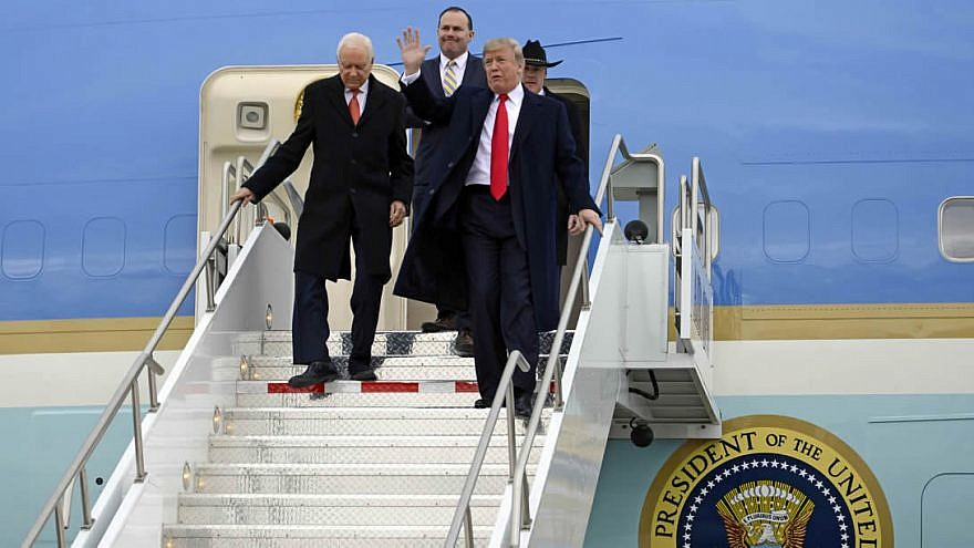U.S. President Donald Trump arriving in Salt Lake City, accompanied by Utah Sens. Orrin Hatch and Mike Lee, on Dec. 4, 2017. At the State Capital, he signed two Presidential Proclamations before departing Utah. Credit: U.S. Air National Guard Photo by Tech. Sgt. Annie Edwards/Wikimedia Commons.