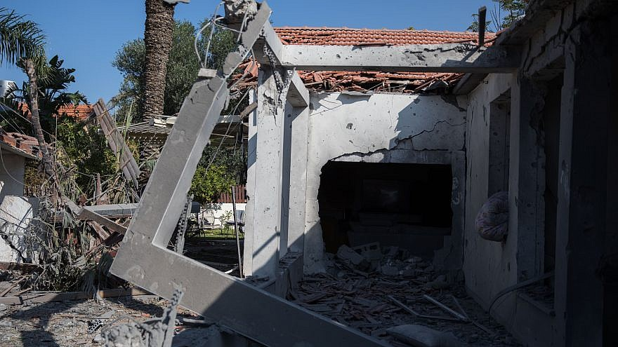 The scene where a house was hit by a rocket fired from the Gaza Strip in the southern Israeli city of Ashkelon on Nov. 13, 2018. Photo by Hadas Parush/Flash90.