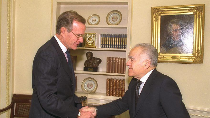 Former Israeli Prime Minister Yitzhak Shamir meeting President George H.W. Bush at the White House in 1991. Credit: Israeli GPO