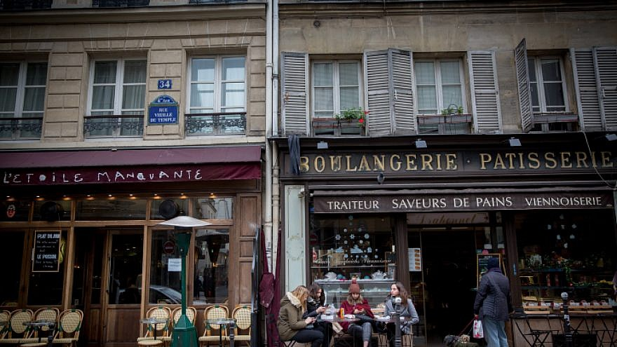 A cafe in the historically Jewish Le Marais neighborhood of Paris, about an hour south of Sarcelles, on Dec. 5, 2017. Photo by Miriam Alster/Flash90.