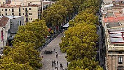 La Rambla, Barcelona. Credit: Wikimedia Commons.