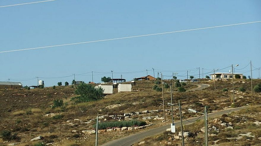 The community of Adei Ad in Samaria. Source: Wikimedia Commons.