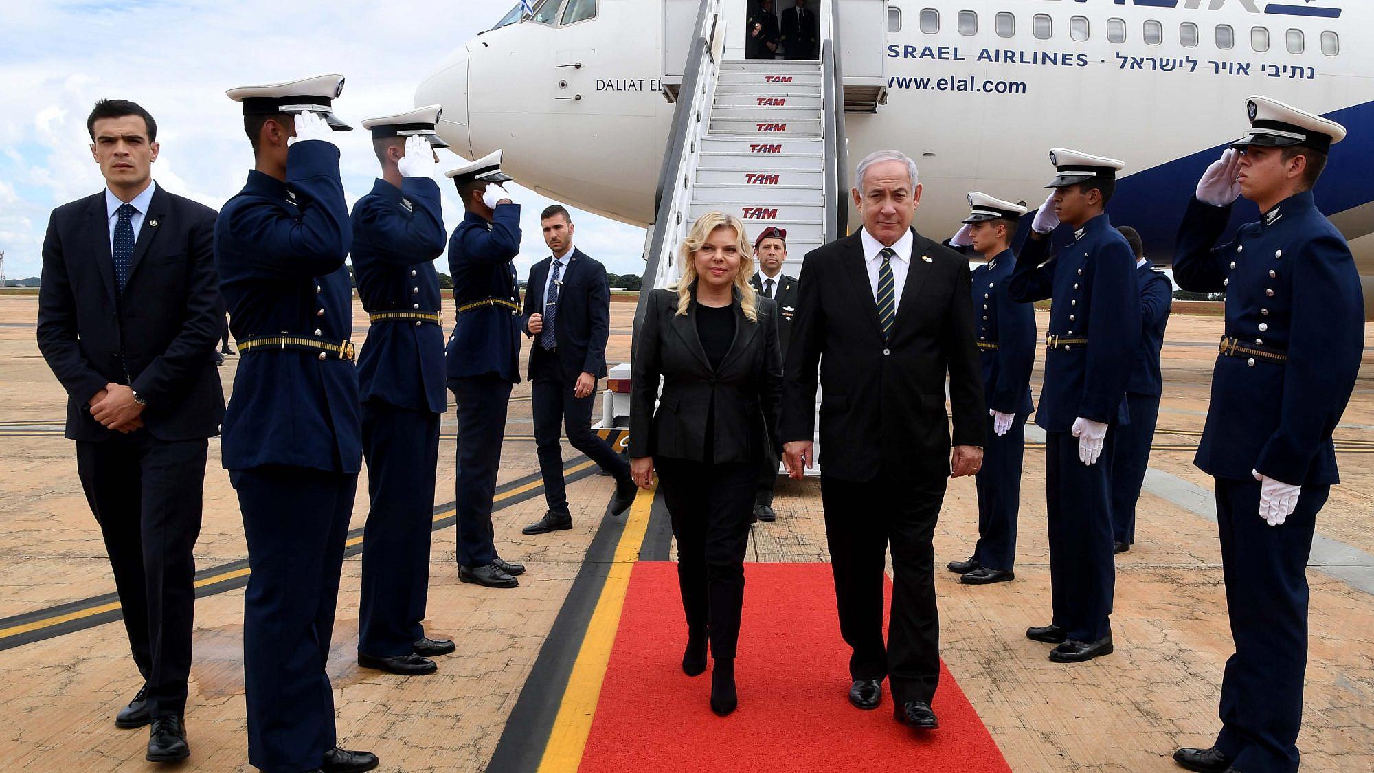 Israeli Prime Minister Benjamin Netanyahu and his wife Sara arrive in Brazil. January 2, 2019. Photo by Avi Ohayon (GPO).