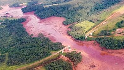 Aftermath of the Brumadinho dam collapse Source: TV NBR on Wikimedia Commons.