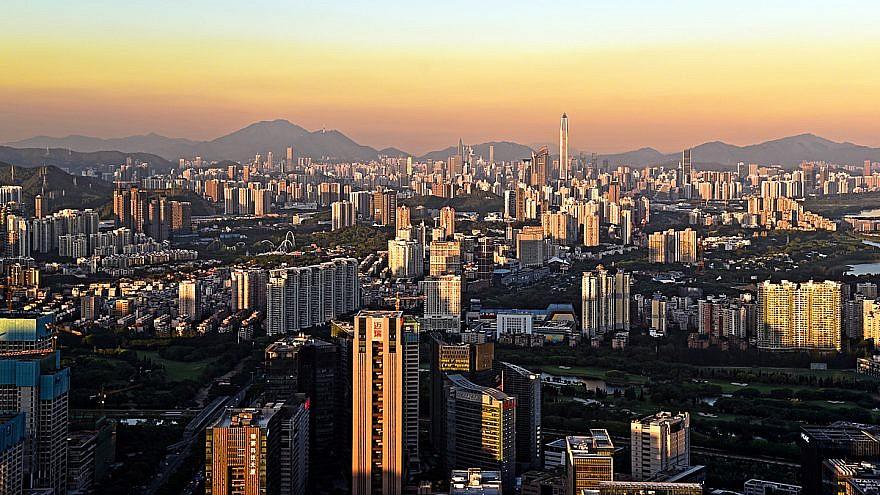 The Shenzhen skyline from the Nanshan District, China, June 23, 2016. Credit: Simbaxu/Wikimedia Commons.