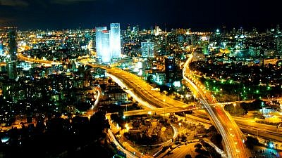 The skyline of Tel Aviv, home to many Israeli startup companies. Credit: Gilad Avidan/Wikimedia Commons.
