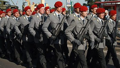 German soldiers in a military parade. Credit: włodi/Flickr.
