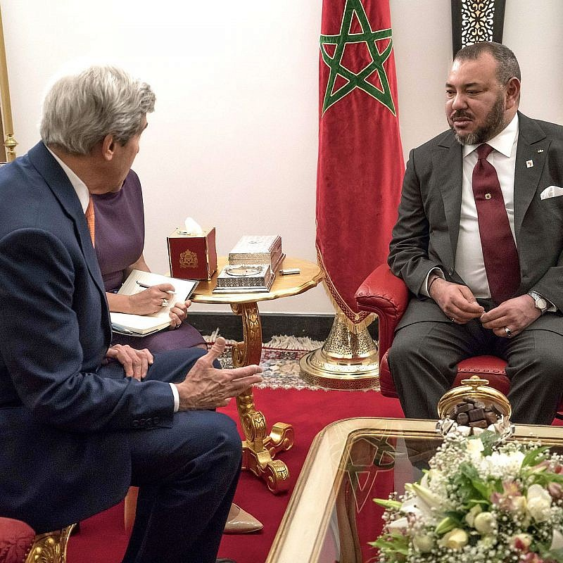 Former U.S. Secretary of State John Kerry with Morocco's King Mohammed VI in Marrakesh on Nov. 16, 2016. Photo: U.S. Embassy Rabat via Wikimedia Commons.