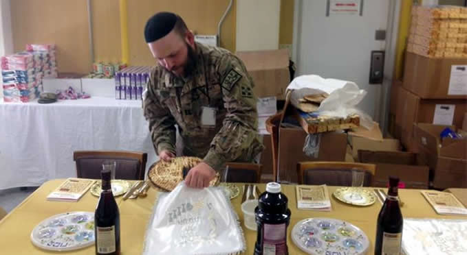 A combat officer's Passover in the sands of Kuwait - JNS org