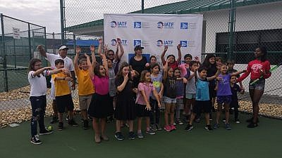 "Israeli tennis star Shahar Peer at ""Kids Day"" at the David Posnack JCC in Florida. Credit: Jewish Tennis Project."