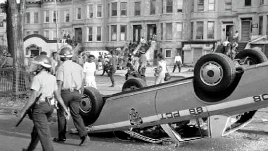Scene from three days of riots in the Crown Heights neighborhood of Brooklyn, N.Y., from Aug. 19-21, 1991. Credit: americanpolicenews.com.